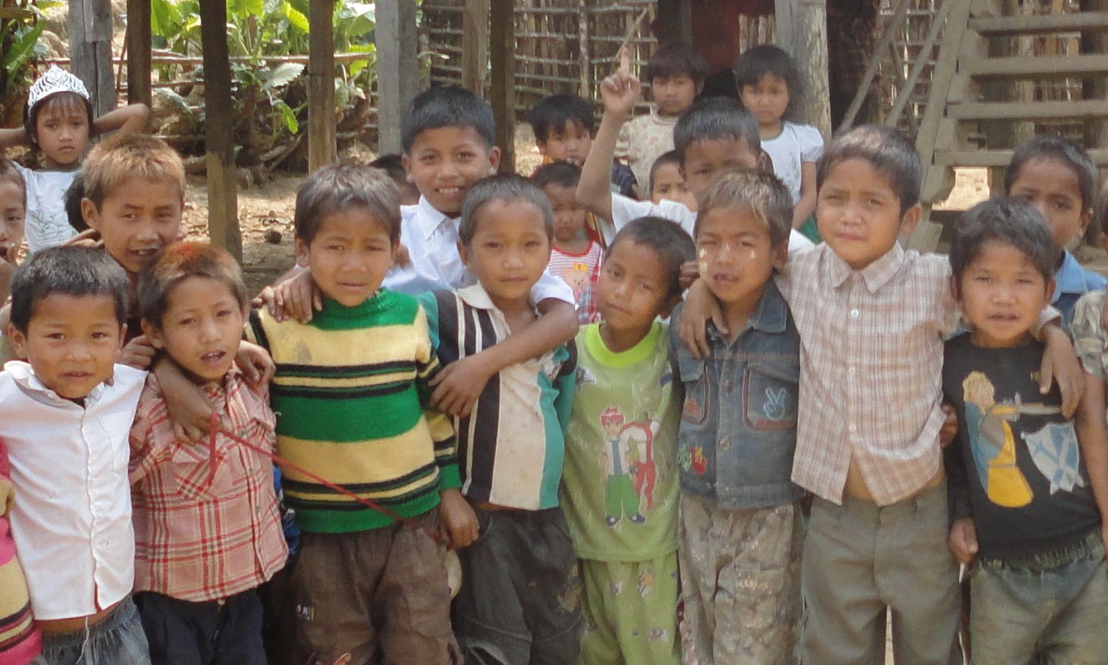 Disse barna går på skole